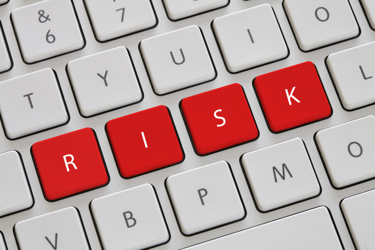 https://www.i3info.com/wp-content/uploads/2021/05/risk-management-1280x853.jpg